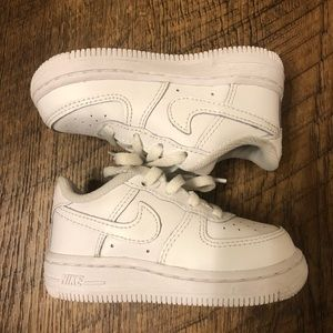 Air Force 1s Size 6